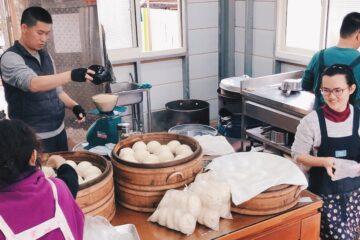 喜愛山城美好的移居者  一家三代做起燒餅生意