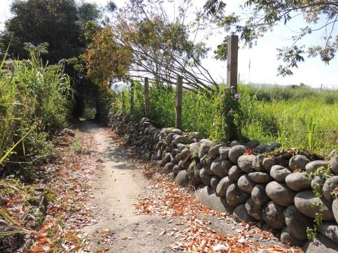東勢石圍牆