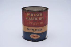 Antique Mopar Plastic Dye, 1 quart can.