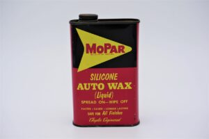 Antique Mopar Silicone Auto Wax Liquid, 1 pint can.