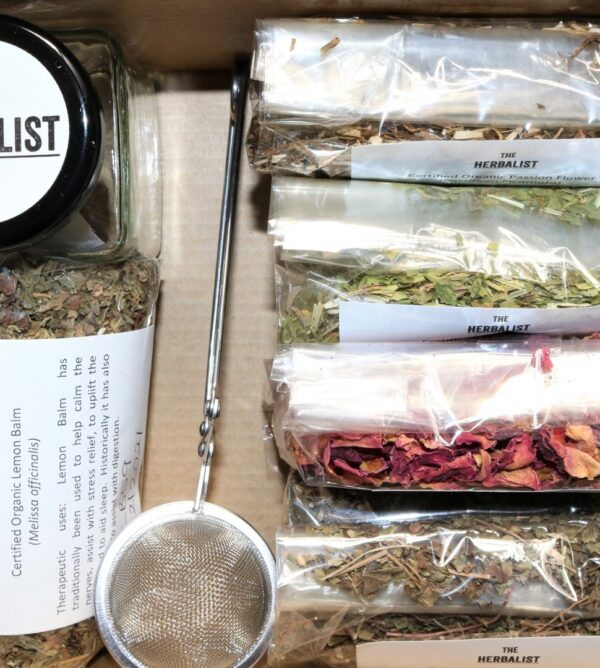 Calming Herbal Tea Kit by THE HERBALIST