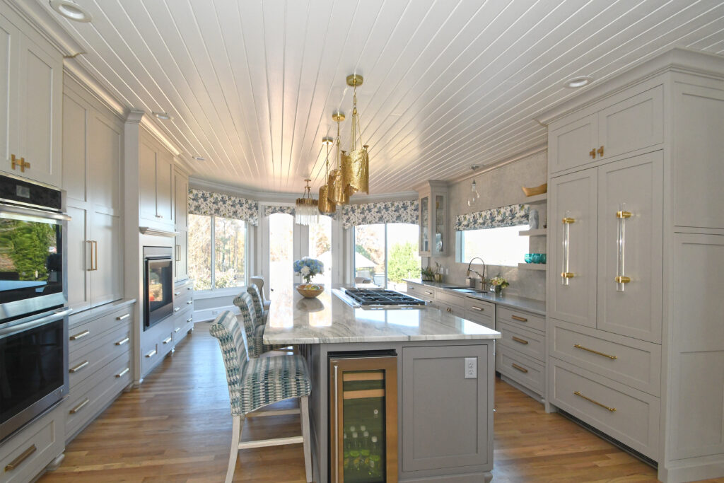 Kitchen with motorized shades