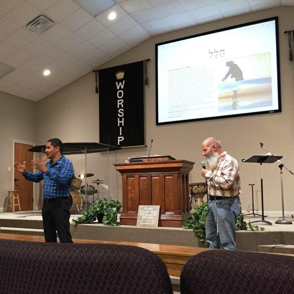Predicación en español y inglés
