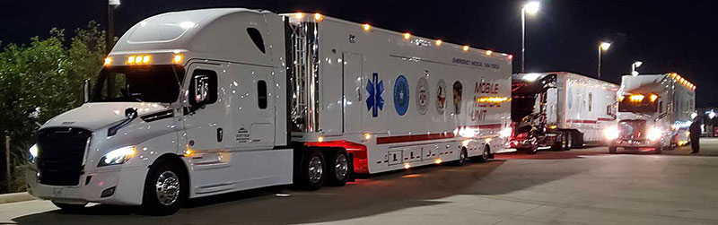 Photo Texas Emergency Covid  Mobile Icu Facility Night View