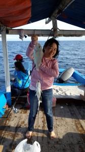 Mancing ikan kaci-kaci di karang Keroya | Fishing-Mancing.com