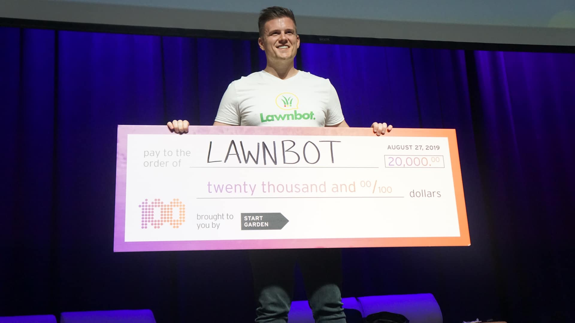 Lawnbot.biz Wins $20,000 In Start Garden 100 ideas Demo Day