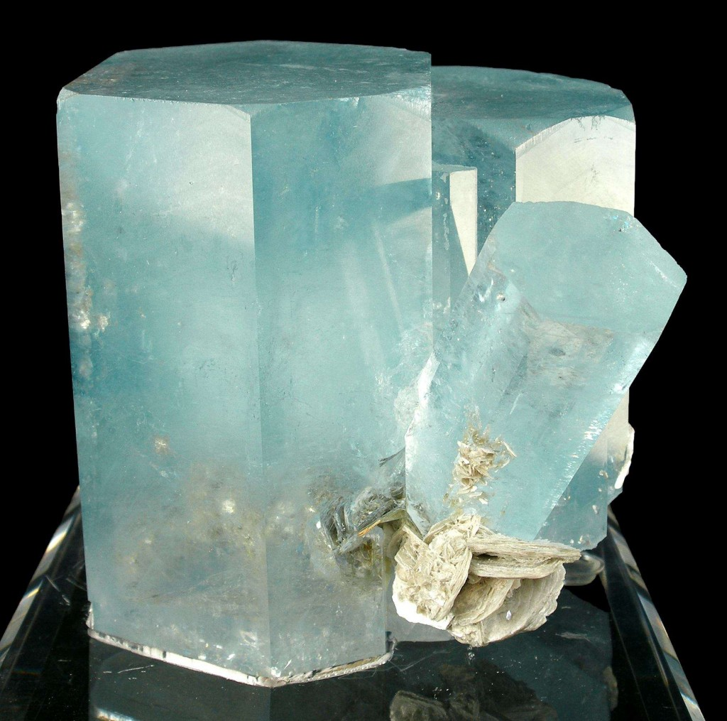 Aquamarine for courage and subtle body clearing.