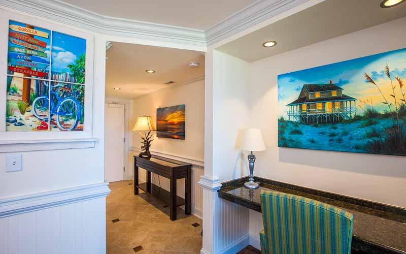 Sunrise Suite Foyer