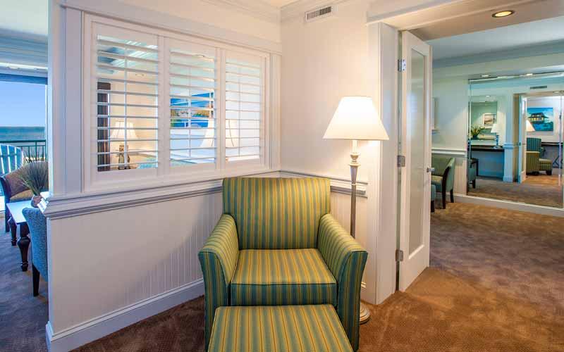 Sunrise Suite Sitting Area