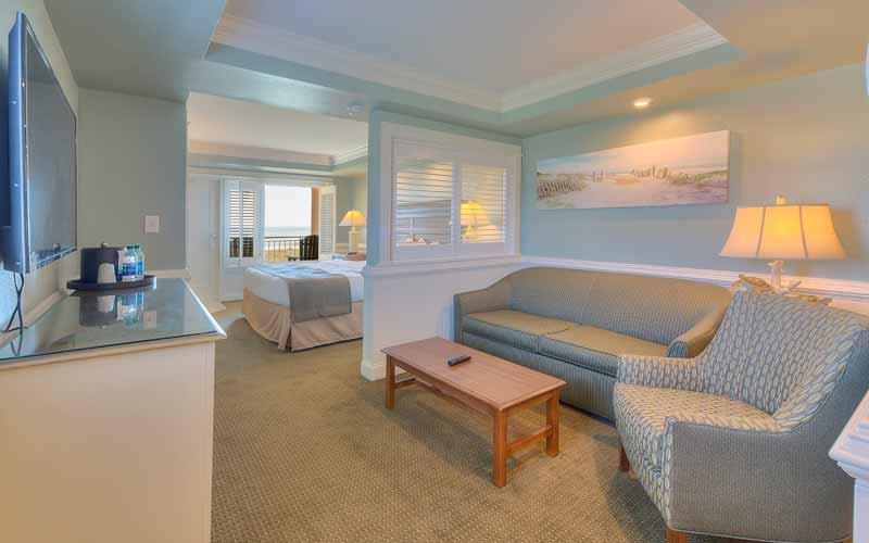 JR King Ocean View Room