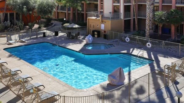 Doubletree Suites by Hilton Tucson Airport-pool