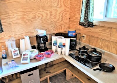 Kitchen items supplied at New River Cabins