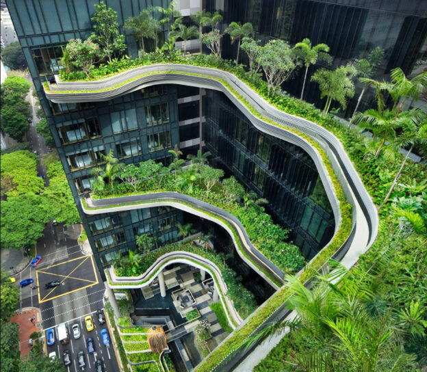 Hotel Greening verticale a Singapore-Parkroyal
