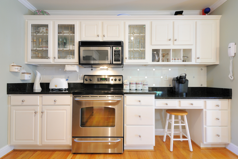 How To Determine the Right Cabinets for Your Kitchen Renovation