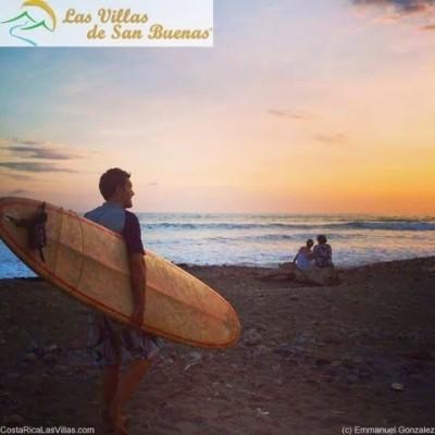Costa Rica surfer dominical