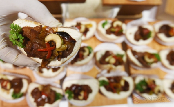 Rusia Akhirnya Kedatangan Restoran Halal Pertama Asal Indonesia
