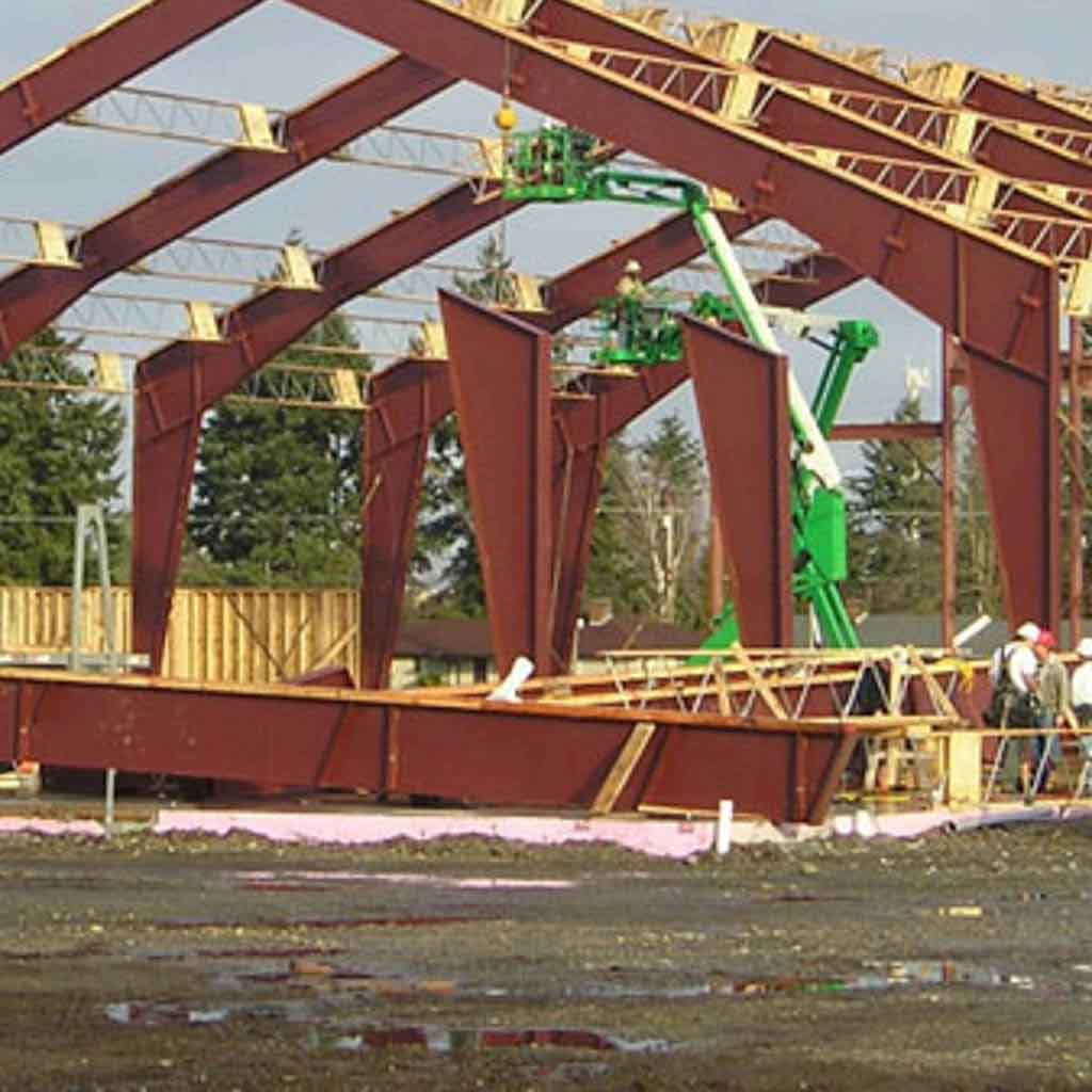 001metalRoof-framing-between-beams