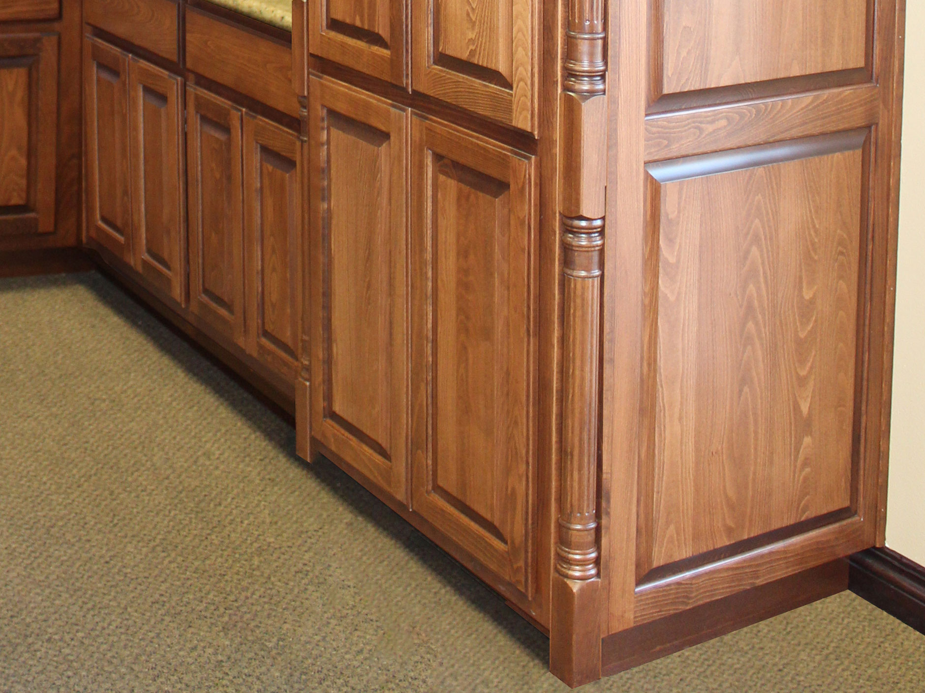 Colonial Post by Burrows Cabinets