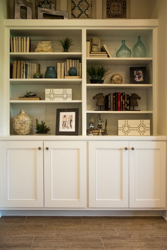 Burrows Cabinets' bookshelf with Kensington doors