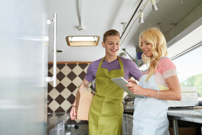 2 Reasons Why Food Truck Manufacturers are Vital to Your Success in the Food Truck Business