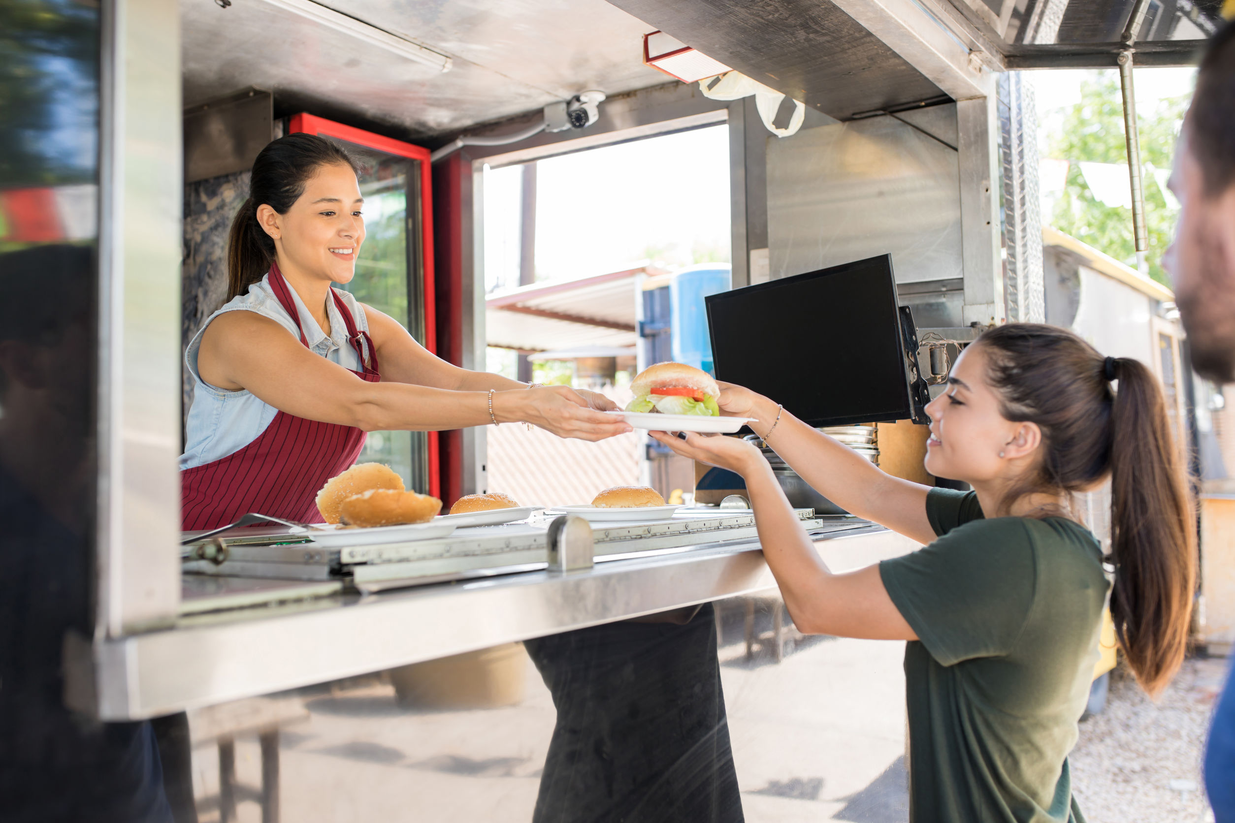 What Buyers Need to Consider when Settling on a Food Truck Design