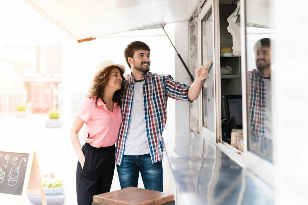 How Family Businesses Should Justify Food Truck Cost to Ensure a Good Investment