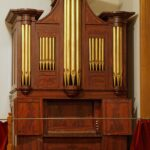Circa 2006 photo of the Alvinza Andrews pipe organ.