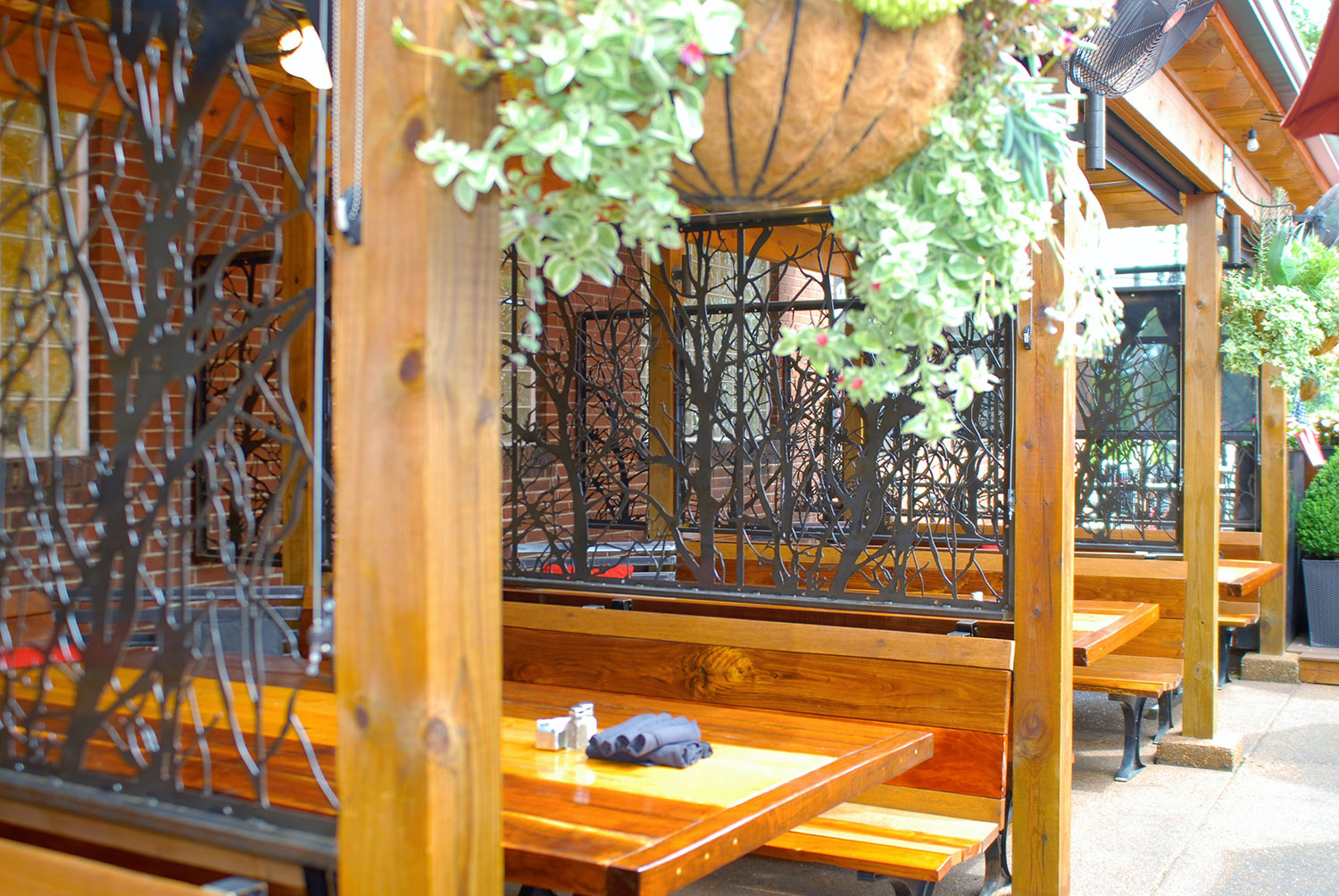 Patio Booth Dividers 2
