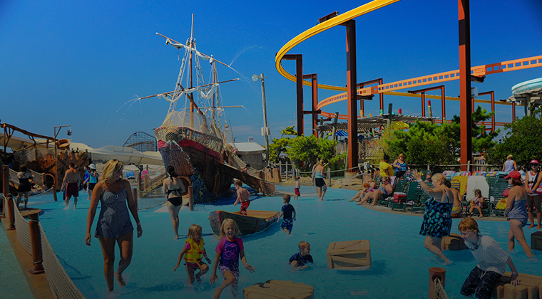 kids playing at waterpark in Wildwood, NJ