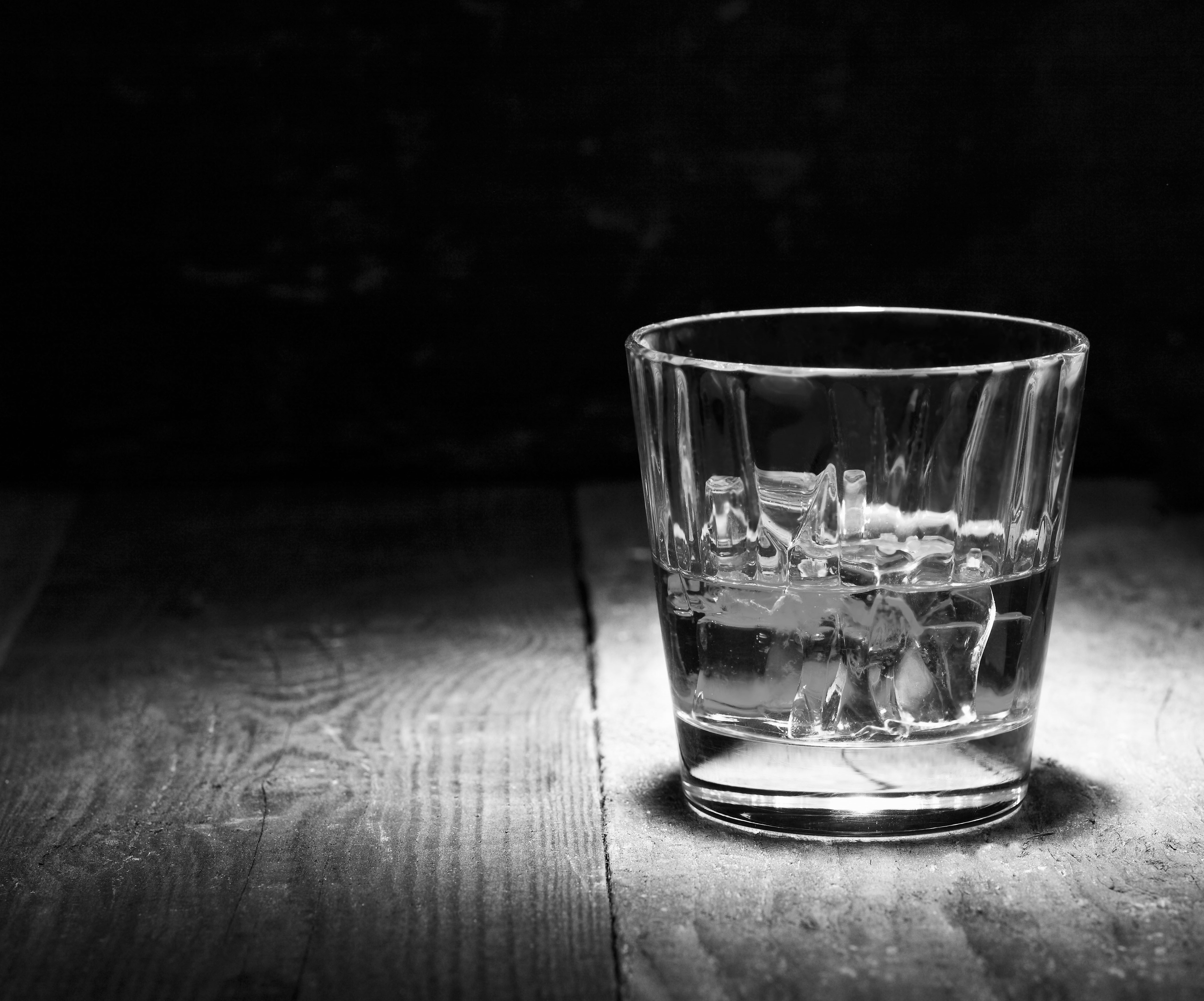 pic of whisky glass