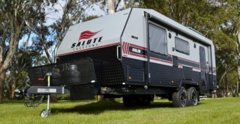 salute_avalon_family_bunk_caravan_001