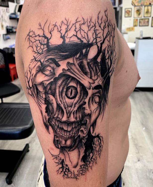 sam-fernandez-tattoo-split