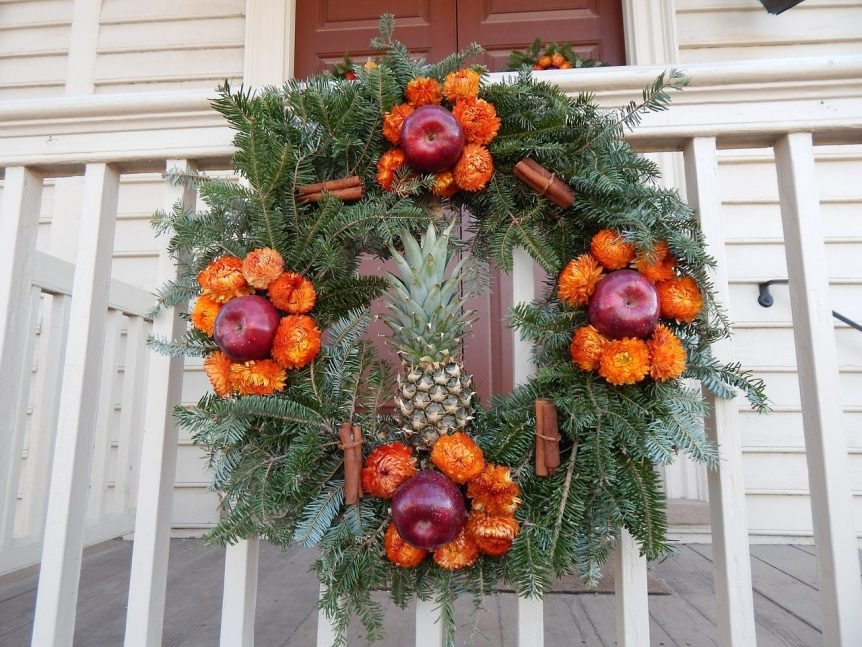 decorate vacation rentals fall winter