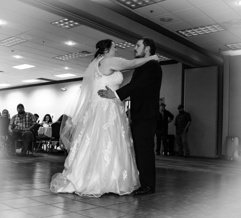 The DJ Music System, Scottsbluff, Nebraska, Wedding DJ Service, Gary Uhrich, Bride and Groom, Wedding Venue, Wedding Dress