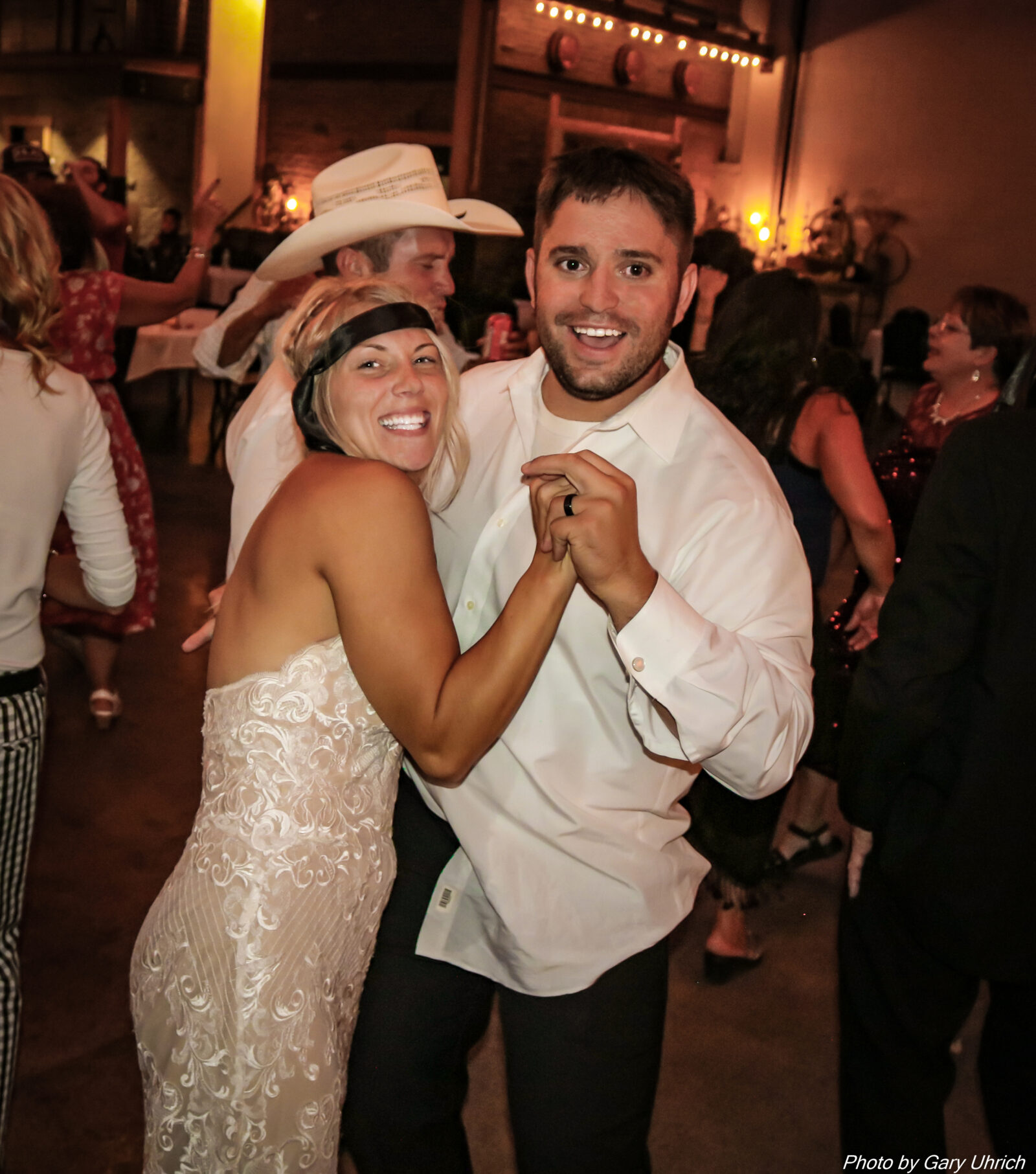 Wedding Reception The DJ Music System Last Song of the Night Bride and Groom Happy Having Fun