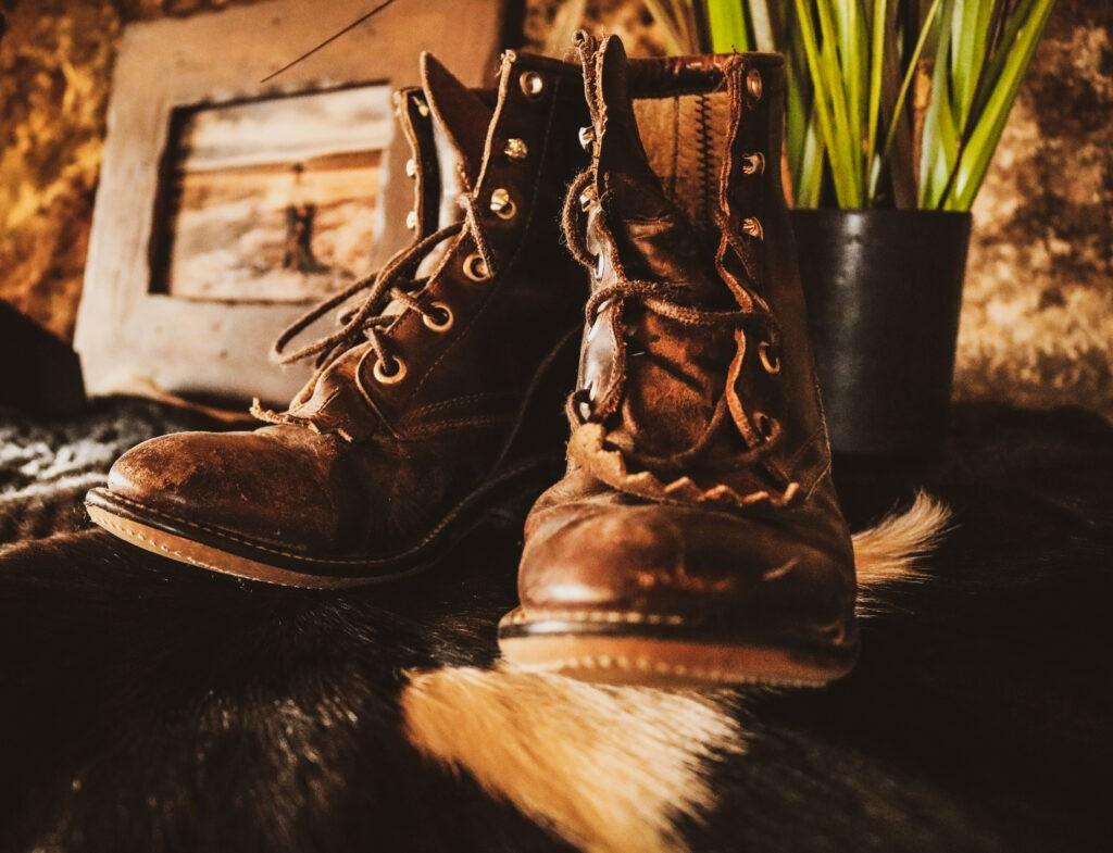 Wedding Decor, Boots, Scotts Bluff Country Club
