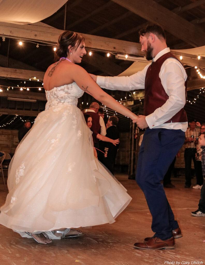 Miranda Matthew Wedding The DJ Music System Gary Uhrich Nebraska Wedding DJ 18-0380