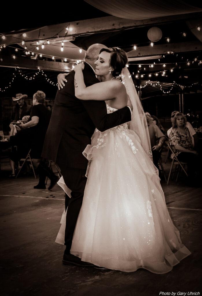 Miranda Matthew Wedding The DJ Music System Gary Uhrich Nebraska Wedding DJ 40-0207