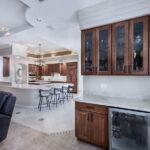 kitchen&wet bar
