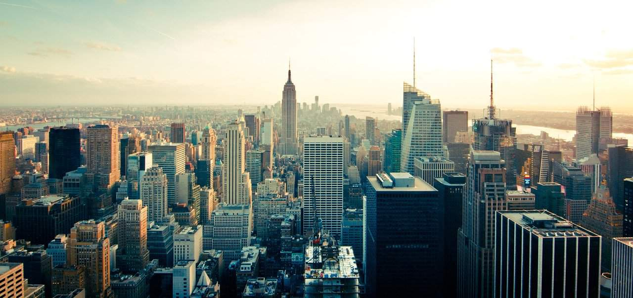 new york city skyline. largest cities in us