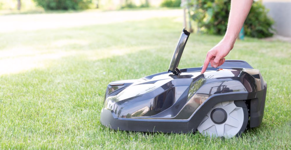 Essential things you should keep in mind before using Riding Lawnmower