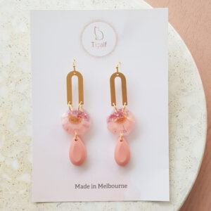 Flowerly – Pink Drop Earrings