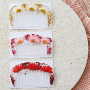 Flowerly Small Comb
