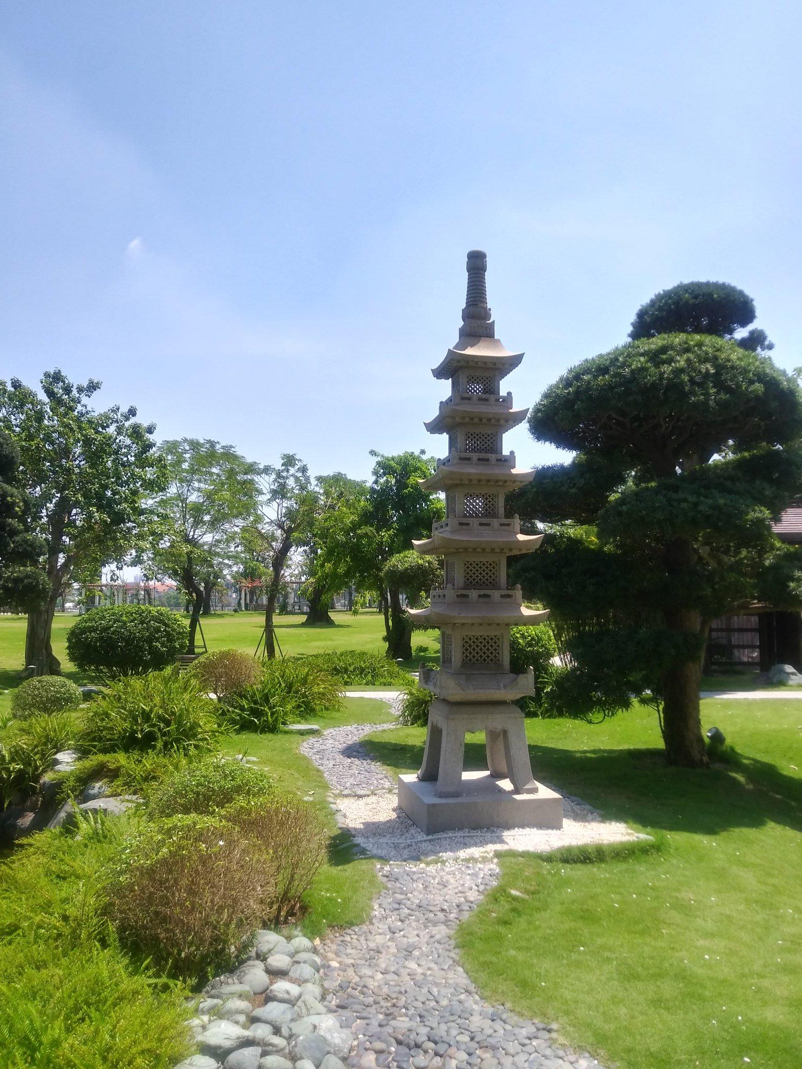 Stay zen at Vinhomes park