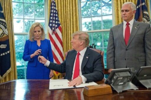 636651329410771802 AP Trump Immigration 100808039