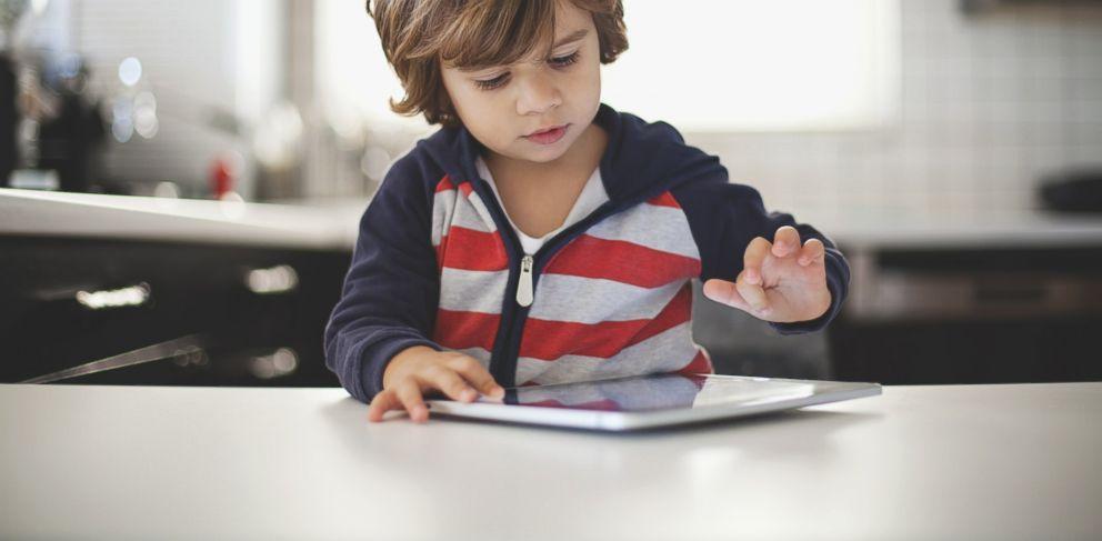 Los niños de 4 a 6 años obtienen mejores resultados durante las tareas aburridas cuando se disfrazan de Batman