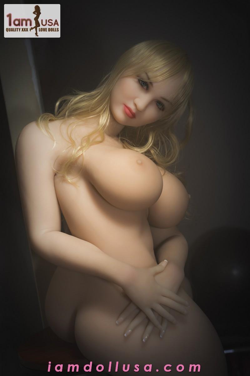 Olivia-163cm-HCup-WM-93-00021