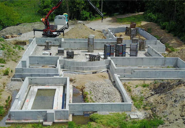 Poured Wall Foundation Lake Front With Radius Section - Brighton