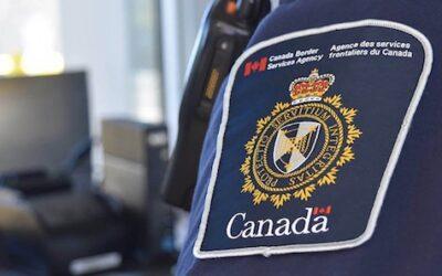 بازرسی ماموران اداره مهاجرت کانادا در خیابانهای تورنتو