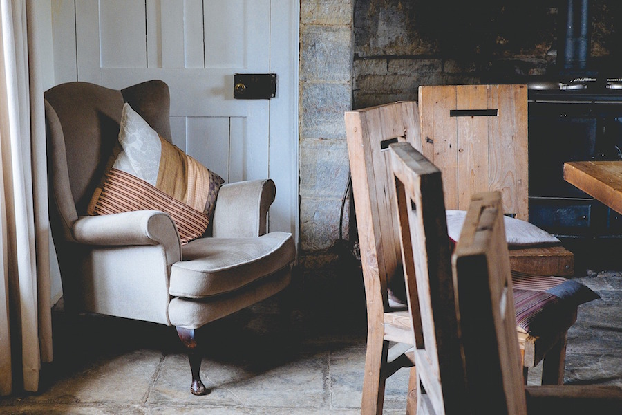 4 Tips to Succeed in Thrift Shopping for Home Decor
